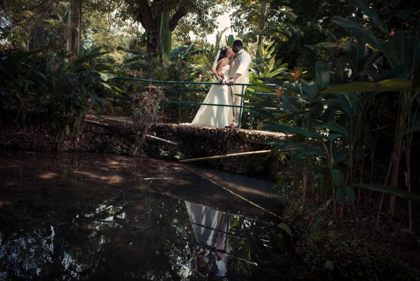There are so many things to worry about when planning your wedding so leave photography