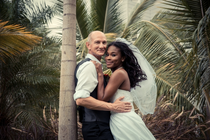 Jamaican wedding photographer can produce a complete wedding album