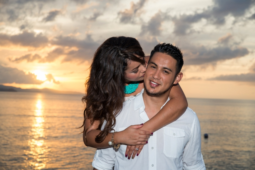 Our Jamaican wedding photography website provides helpful information about different wedding photographers