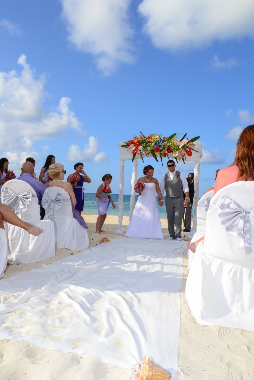 Expect only the best wedding photographers All Inclusive Jamaican photography