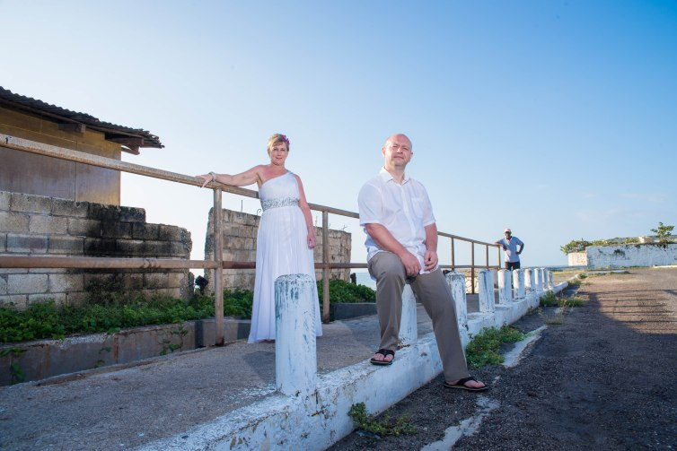 Every wedding photographer's dream is to get the perfect wedding to photograph, Blessed with a fantastic blue sky and worm an sunny day on the beach in Jamaica one could not ask for more