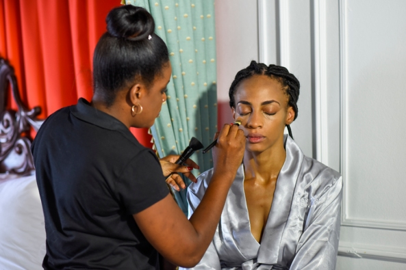 Bridal makeup artist Nicola Brown offer the the most exciting wedding day makeup that is just right for the tropical island of Jamaica. The effectiveness of good makeup on a wedding day can enhance the beauty of your wedding photos . Bridal makeup artist for weddings in the areas of Negril ,Montego Bay, Ocho Rios, Kingston, ect , Jamaica. You visit this website because you are getting married and you want a professional Jamaica wedding hairstyles or makeup artist, we can help you look your best by making sure you get the perfect look depending on your skin tone, dress and hairstyles. Not every makeup style may work for you , make up style change with time